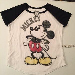 Disney brand Mickey tee